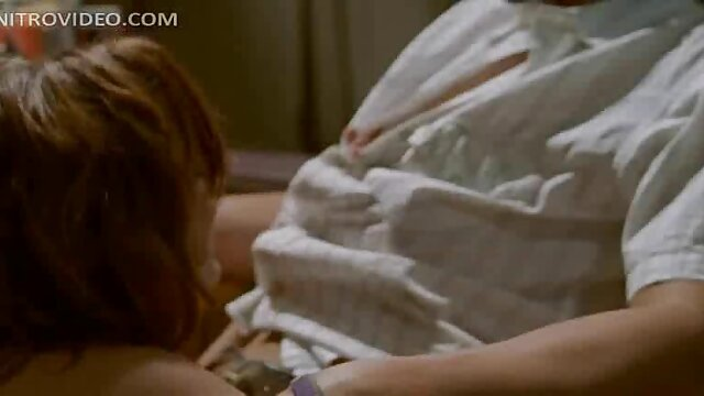 El baño en el jacuzzi terminó con una caliente masturbación tetonas españolas maduras rusa