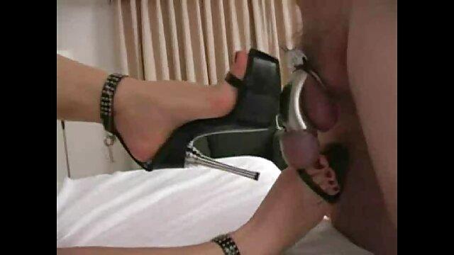 Dama con coño afeitado lame la ver videos porno de españolas polla dulcemente