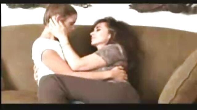 Pareja joven españolas follando xvideos tiene sexo apasionado para desayunar