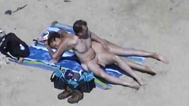 La belleza rusa Alenka se españolas cerdas llevó al orgasmo