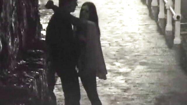 Mujer eyacula y se corre de diversas videos de maduras españolas follando perversiones