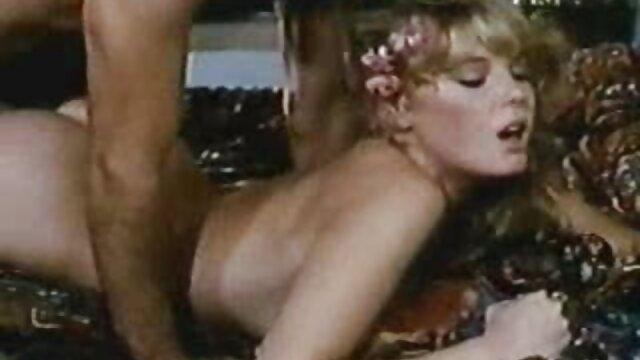 Kinky bronceada nena videos pornográficos de españolas masturbación