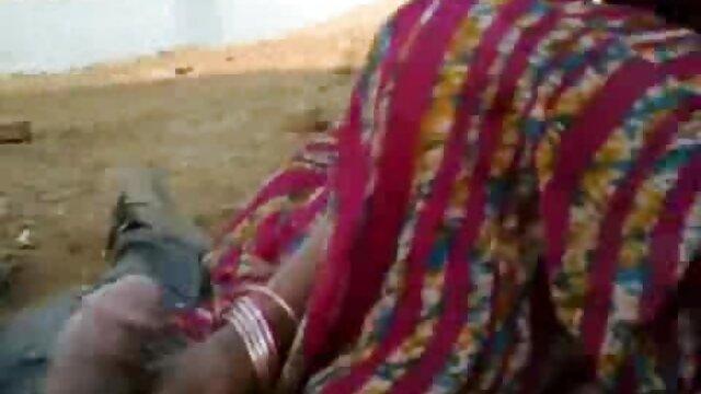El negro se folla a videos x de maduras españolas una negra filmando este sexo con una cámara amateur