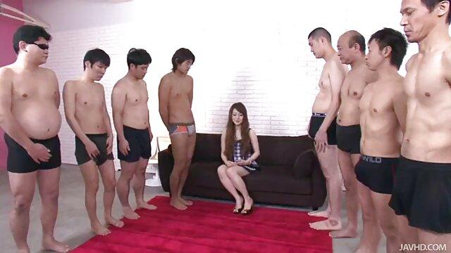 Joven bailarina se desnudó y mostró su cuerpo videos de sexo gratis españolas