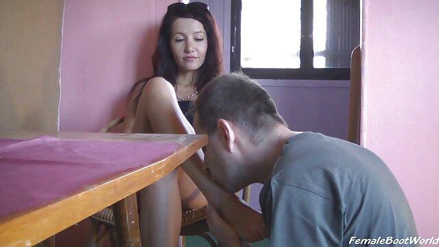 Hombre dos españolas follando negro deja que Eden le chupe su poderoso pene y se la folle