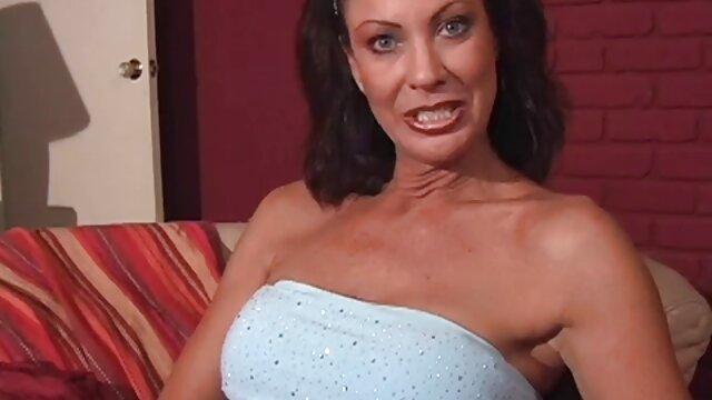 Culturistas videos gratis de españolas cachondas desnudas con grandes tetas se pajean mulata