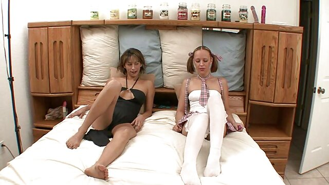 Aspirante a modelo sexual de 18 años hace una maduras españolas amater mamada inolvidable