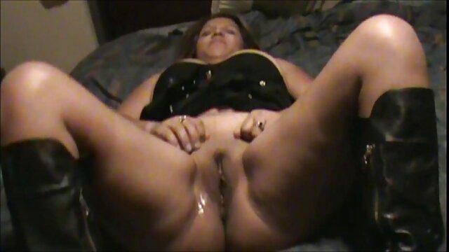 Dana videos xxx de espanolas con gafas se masturba con el falo de sus pies